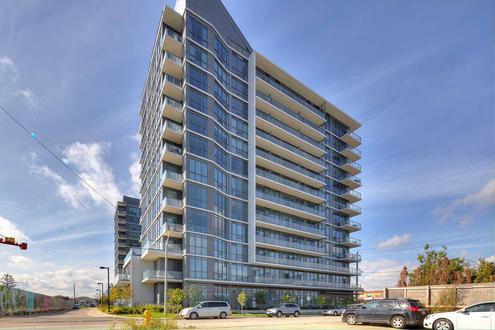 iq-condos-1185-the-queensway-original-3